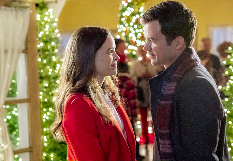 The Full Lineup Of Hallmarks 2018 Christmas Movies Are Here
