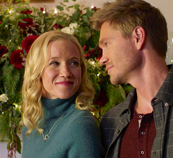 Road To Christmas.Hallmark S Christmas A Second Look Preview Special Recap
