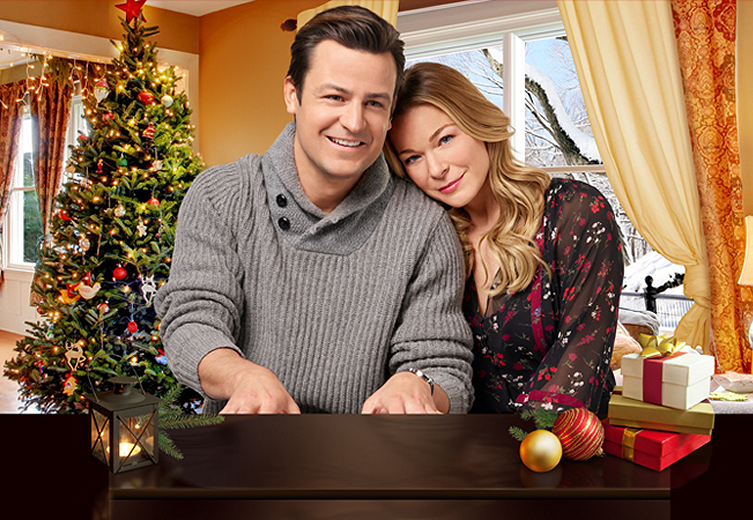 Pre Order The It S Christmas Eve Soundtrack From Leann Rimes Holiday
