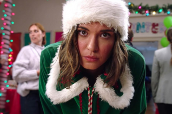 Taylor Cole Christmas In Homestead.Taylor Cole S Cozy Coats From Hallmark Channel S Christmas