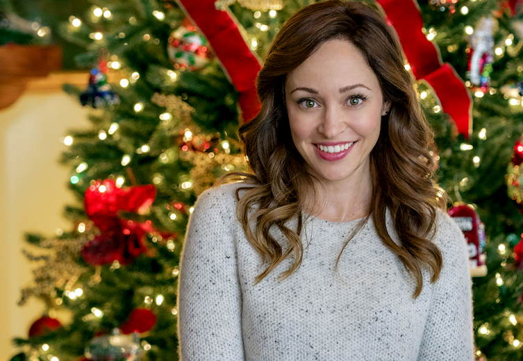 The Entire Lineup of Hallmark's 2019 Christmas Movies Is ...